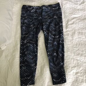 Spaulding cropped printed leggings size small